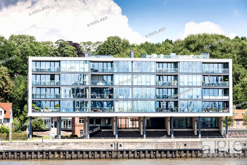 Stock Photo: Hamburg, harbour, living on the water, stilt house, digitally arranged.