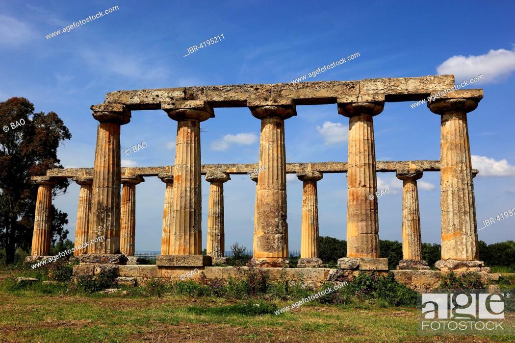 Stock Photo: Metaponto, Doric Temple of Hera, Tavole Palatine, Basilicata, Italy.