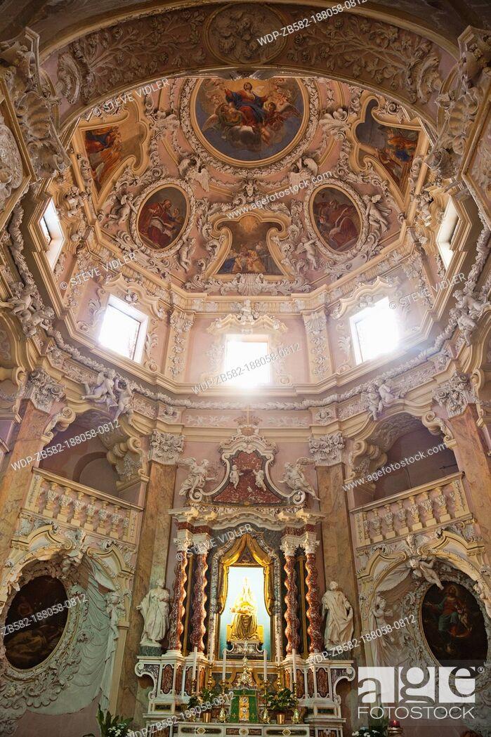Imagen: Italy, Trento, Lake Garda, Riva del Garda, Baroque Interior of The Church of the Assumption of Mary.