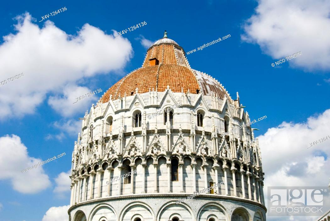 Stock Photo: Piazza dei Miracoli, The Baptistry, Pisa, Tuscany, Italy, Europe.