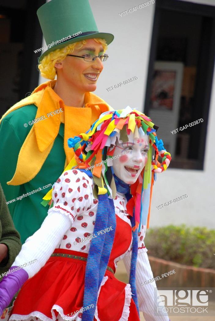 Imagen: Wearing a costume people, São Paulo, Brazil.