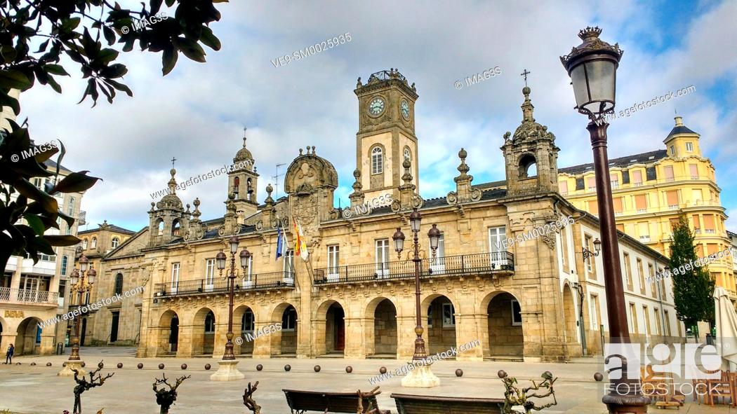Imagen: Lugo Town hall. Baroque style. Galicia, Spain.