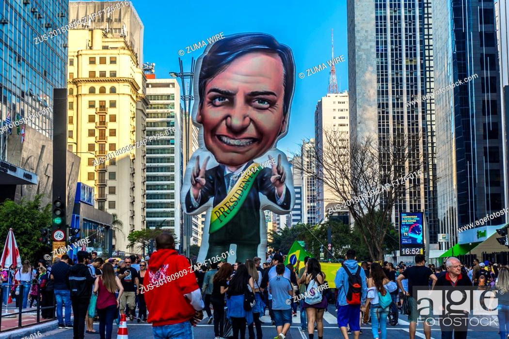 Stock Photo: September 9, 2018 - SãO Paulo, São Paulo, Brazil - SAO PAULO SP, SP 09/09/2018 BRAZIL-BOLSONARO-SUPPORTERS-DEMO:Supporters of Brazilian right-wing presidential.