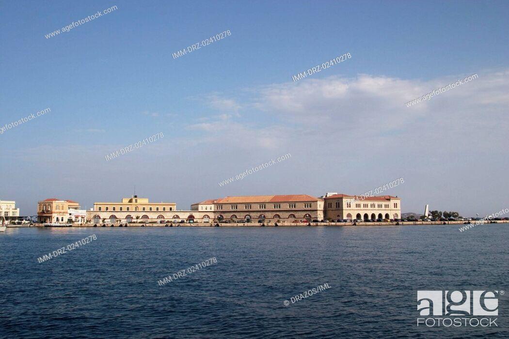 Imagen: Ermoupolis, storage rooms, customs houses, Syros, Cyclades, Greece.