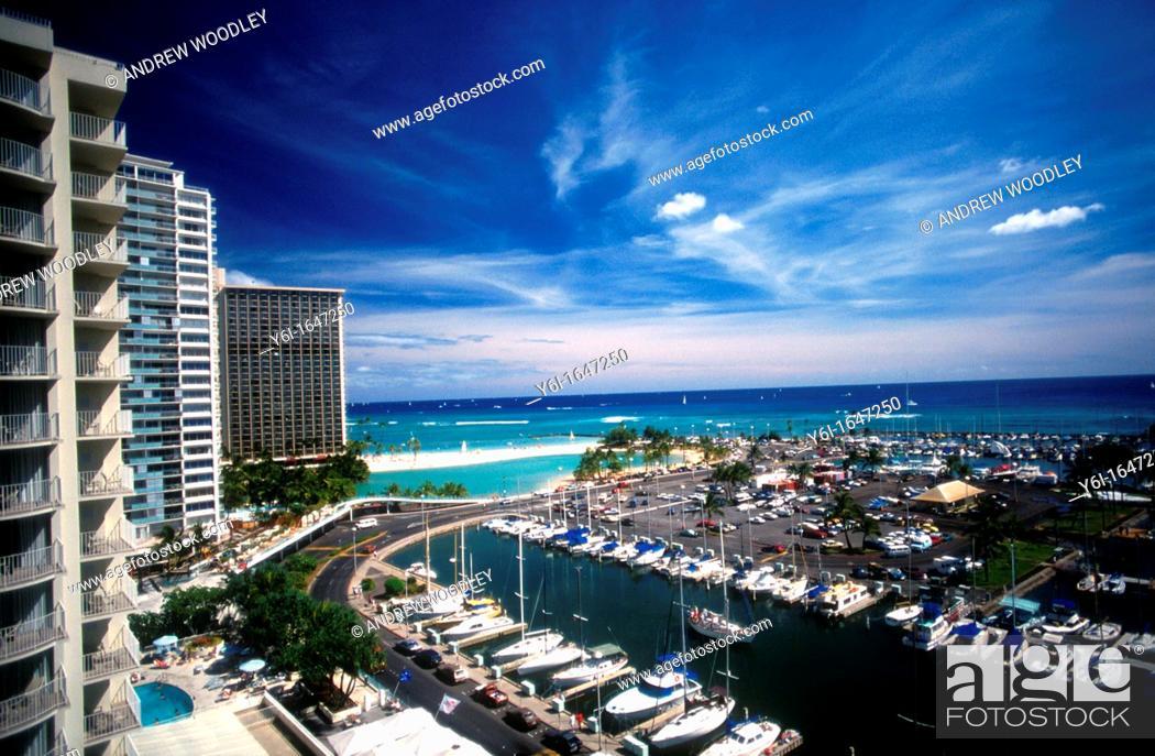 Ala Wai Marina Ilikai And Hilton Hawaiian Village Hotels