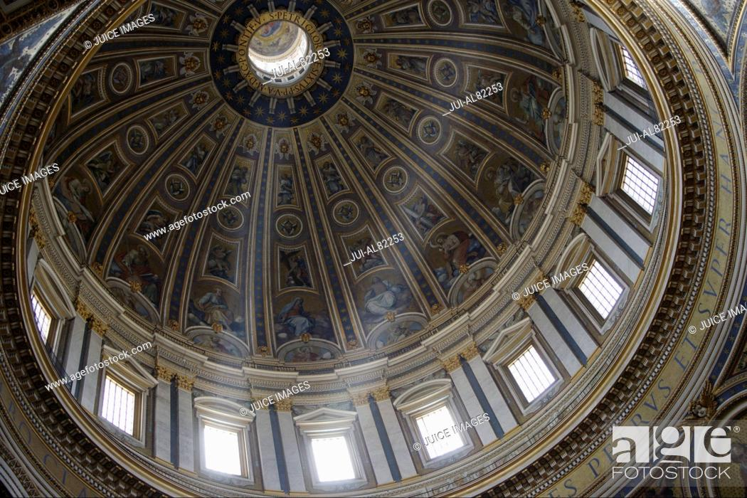 Stock Photo: Interior view of dome in Saint PeterÉs Basilica, Rome, Italy.