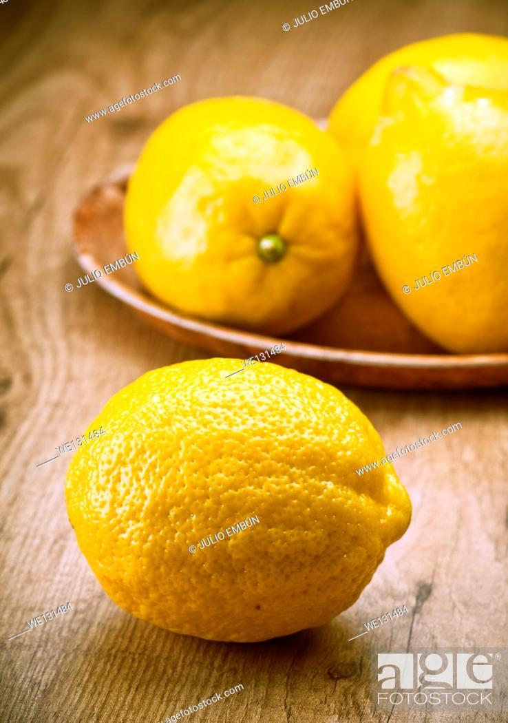 Photo de stock: Lemons.