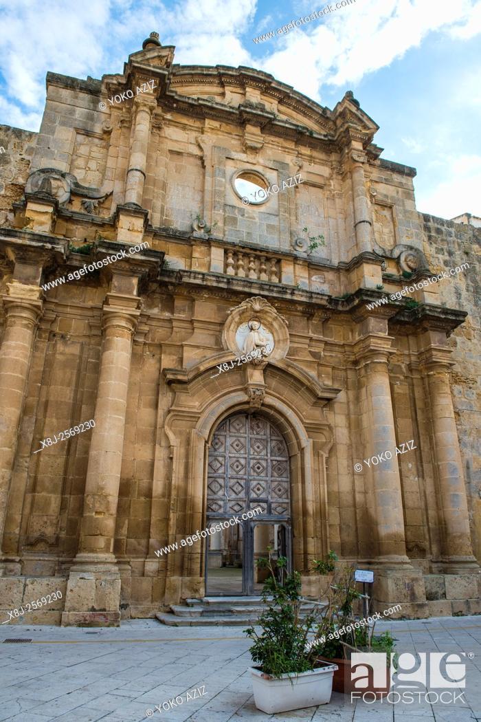 Imagen: Italy, Sicily, Mazara del Vallo, St. Ignazio church.