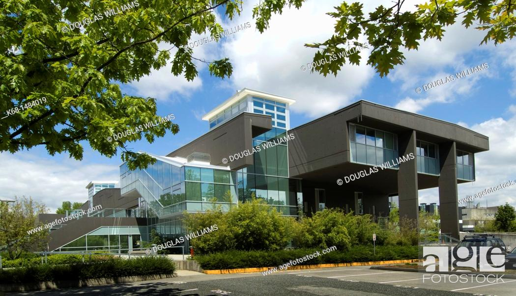 Photo de stock: Langara College library building, Vancouver, BC, Canada.