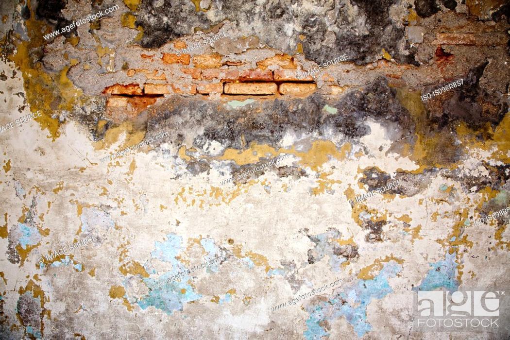 Stock Photo: A damaged wall.