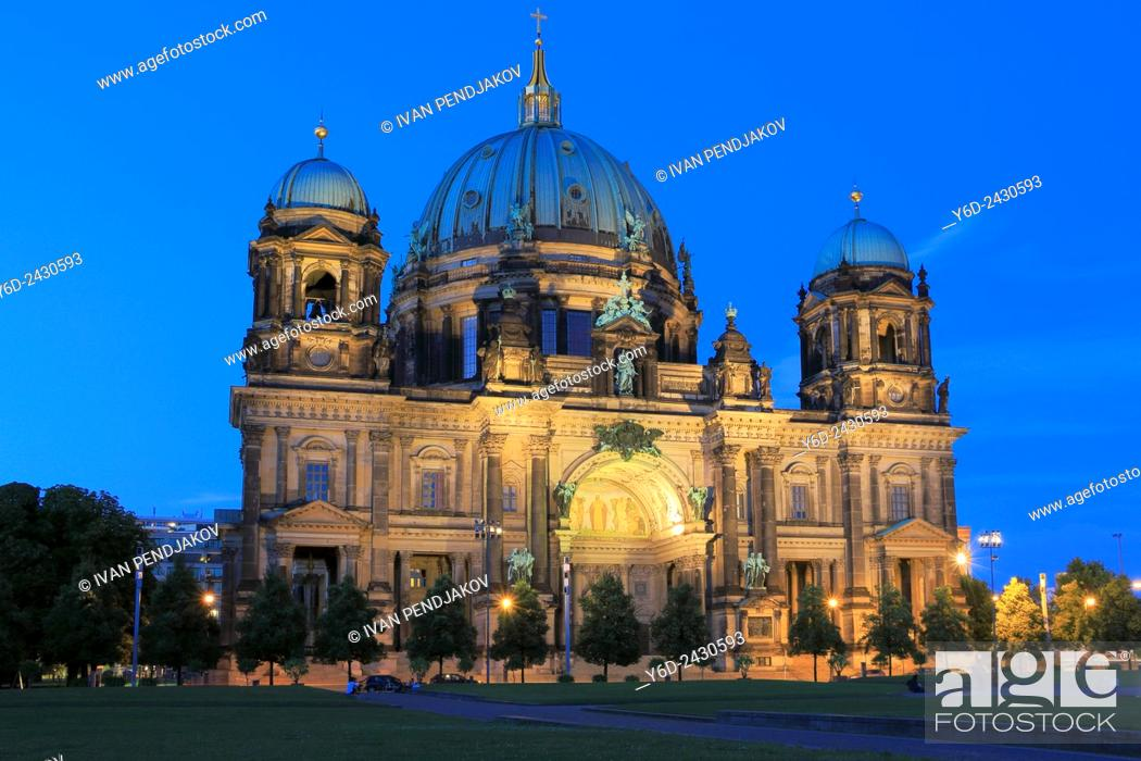 Imagen: Berlin Cathedral at Dusk, Germany.