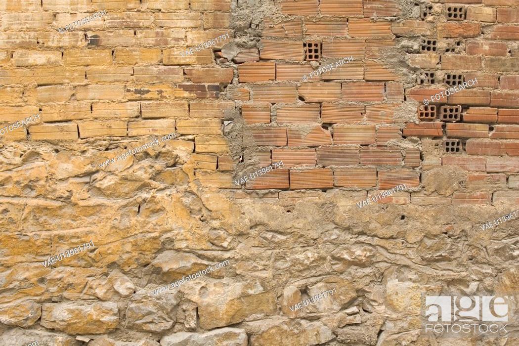 Stock Photo: Brick, Brick Wall, Close-Up, Damaged, Day.