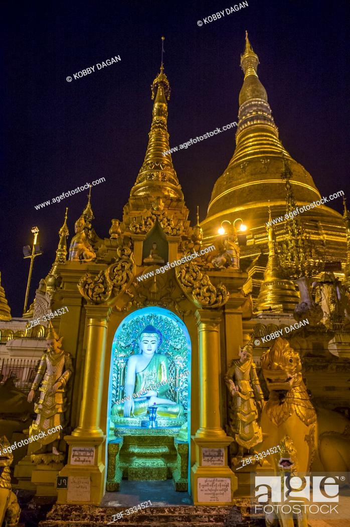 Stock Photo: Shwedagon Pagoda in Yangon, Myanmar.