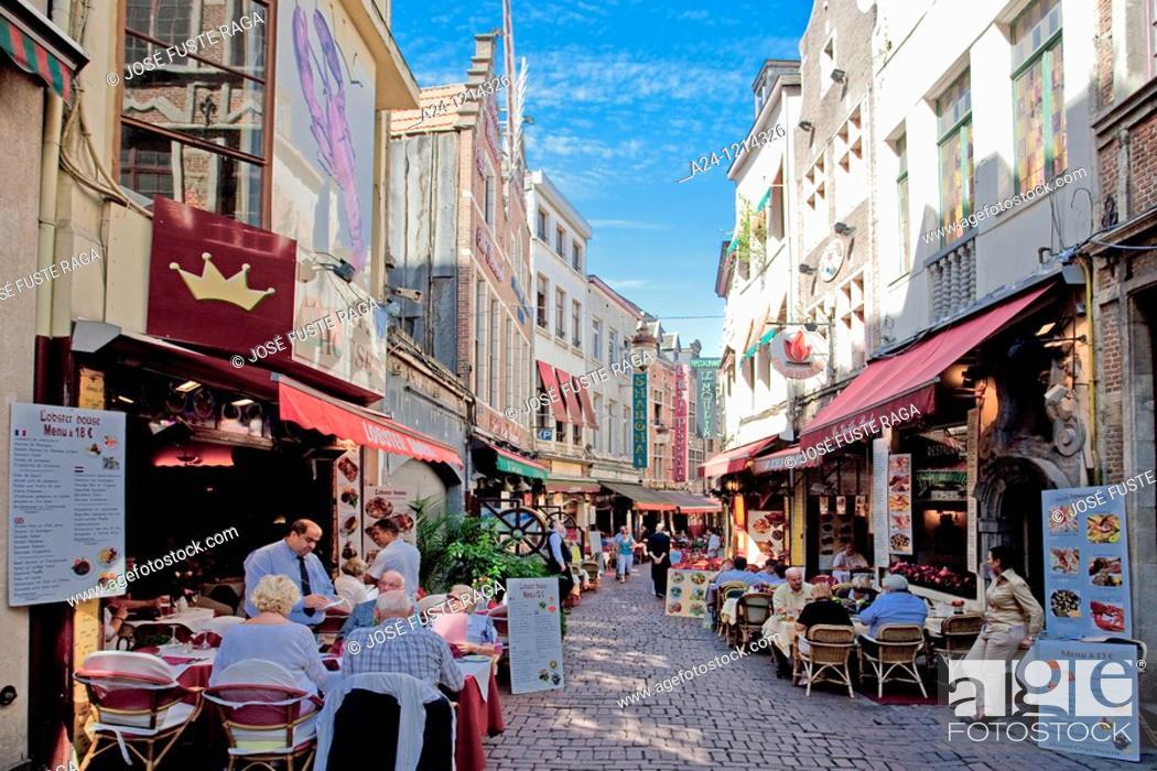 Stock Photo: Belgium-August 2010 Bruxelles City Butcher street-Restaurants.