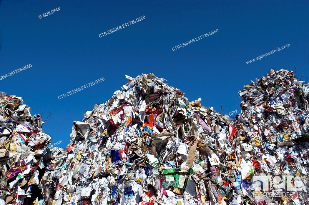 Imagen: Recycling bail ready to be processed.