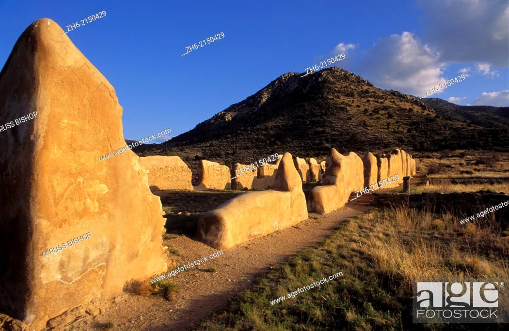 Stock Photo: Evening light on the ruins of the cavalry barracks, Fort Bowie National Historic Site, Arizona USA.