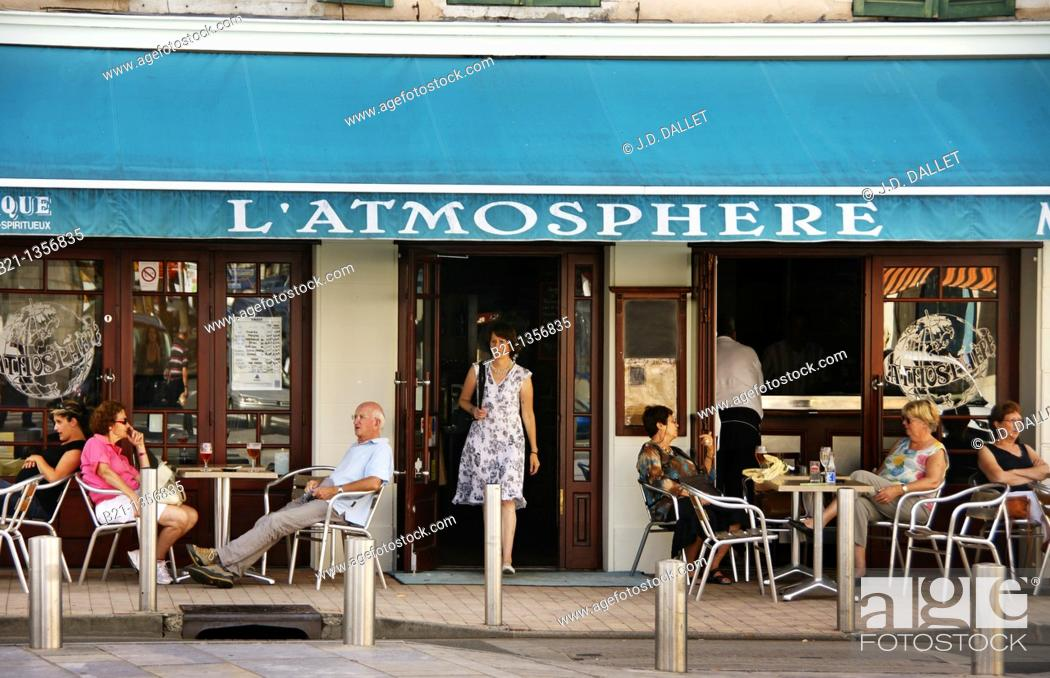 Stock Photo: Bar L'Atmosphere at the thermal town of Dax, Landes, Aquitaine, France.