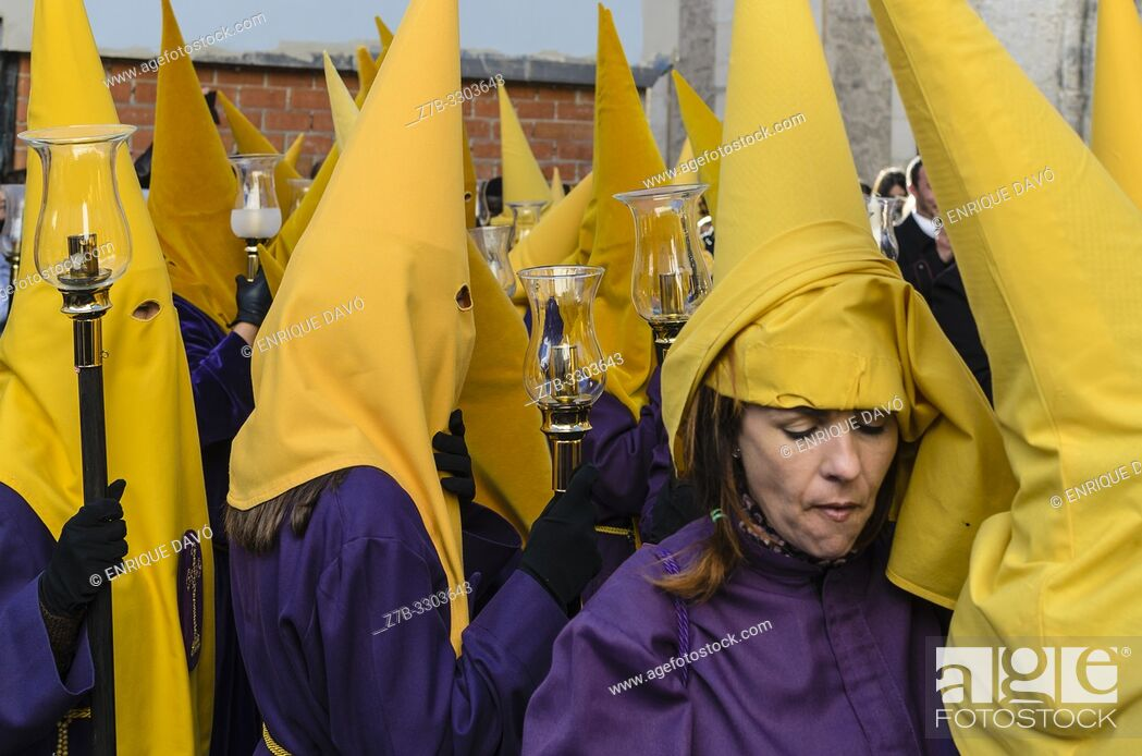 Stock Photo: Cuenca city, Spain.16 th April,2019. Parade Pardon procession from El Salvador church, Holy Week.