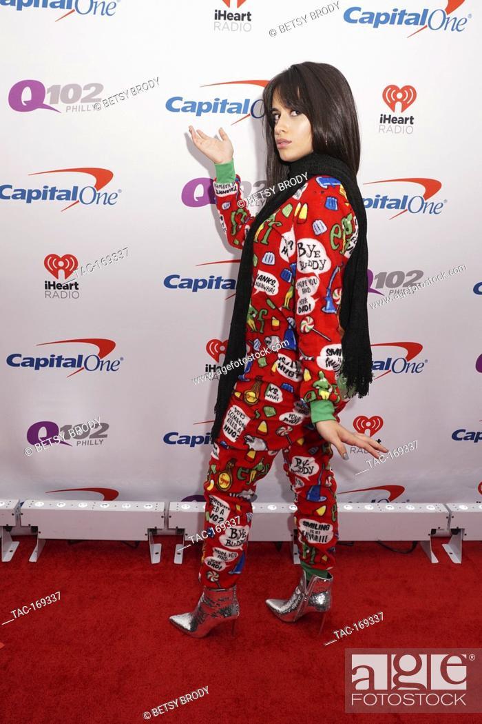 Imagen: Camila Cabello on the red carpet at Q102's Jingle Ball in Philadelphia,PA December 5, 2018.