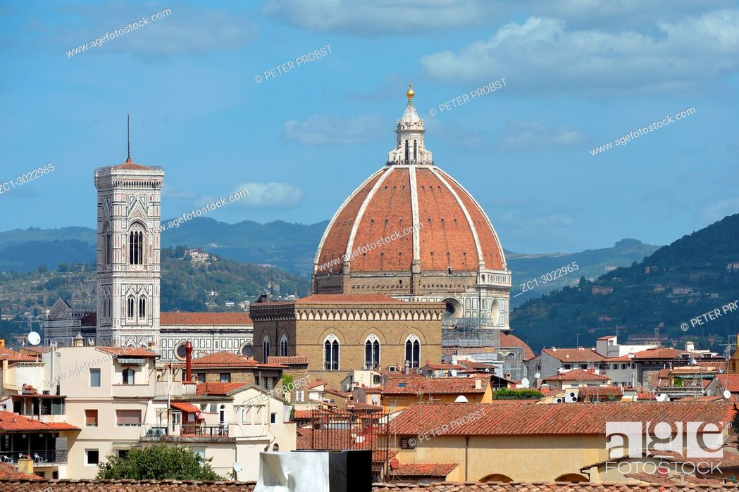 Stock Photo: View from the Boboli Gardens to the Cathedral of Santa Maria del Fiore and the Giottos campanile of Florence - Italy.