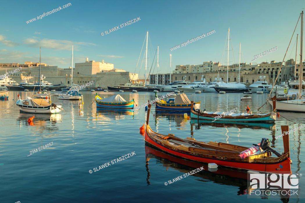 Stock Photo: Sunrise at Vittoriosa Yacht Marina, Malta.