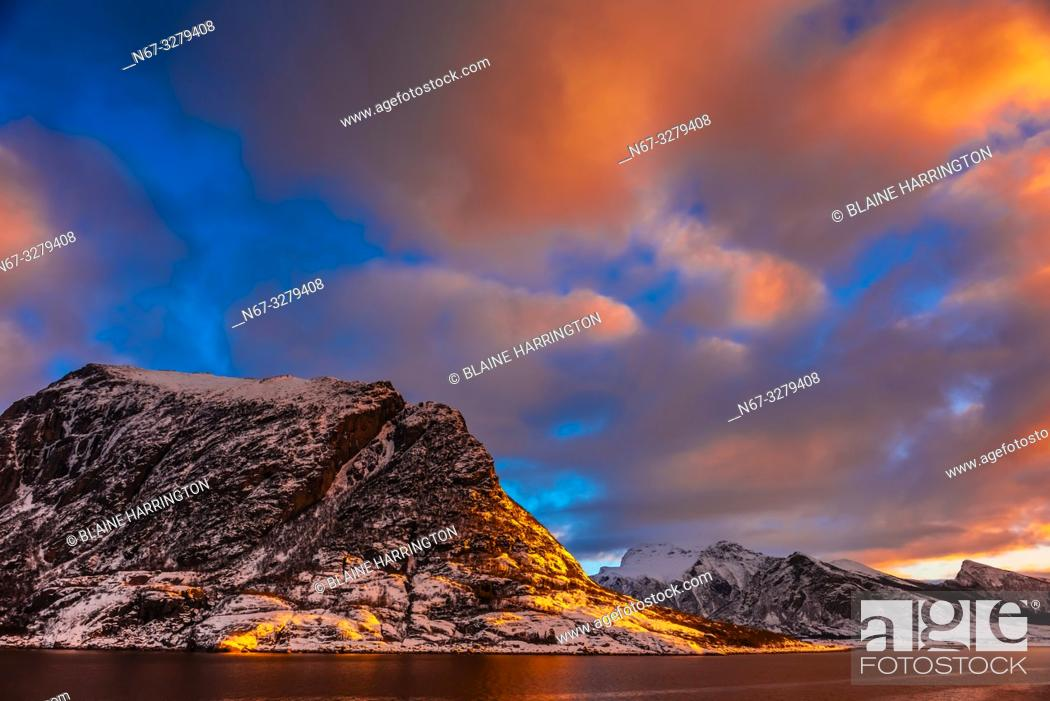 Stock Photo: Coastline near Meloy, north of the Arctic Circle, in Northern Norway.