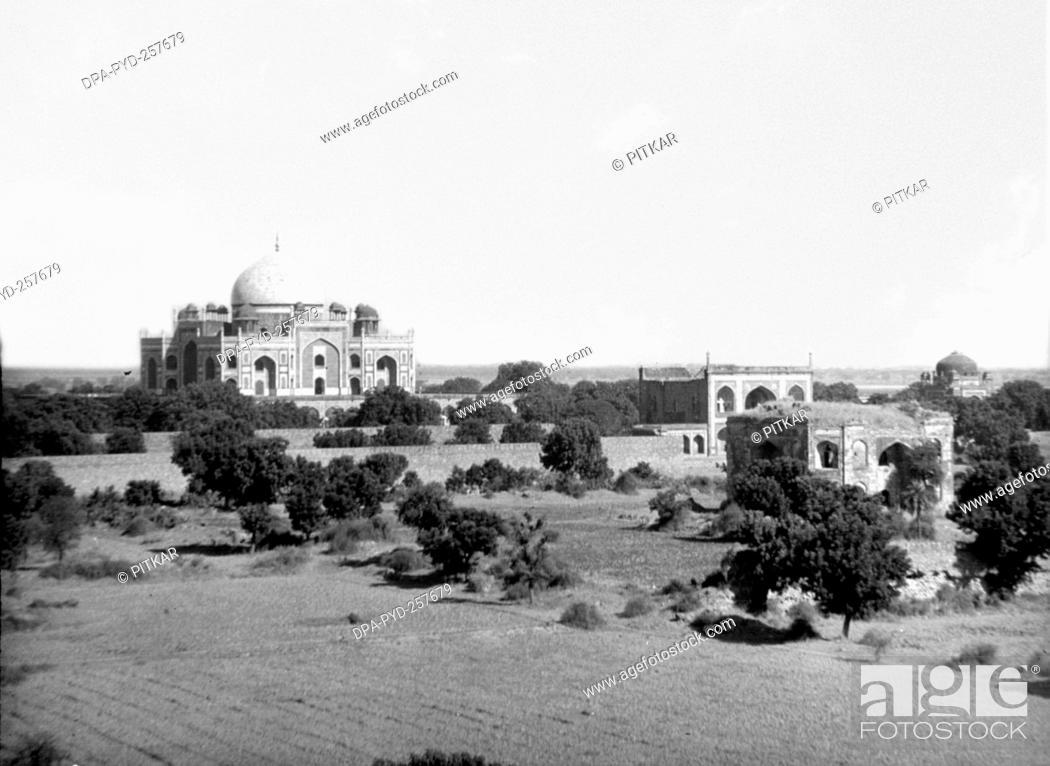 Stock Photo: old vintage lantern slide of humayun tomb, sikandra, Agra, Delhi, India, Asia.