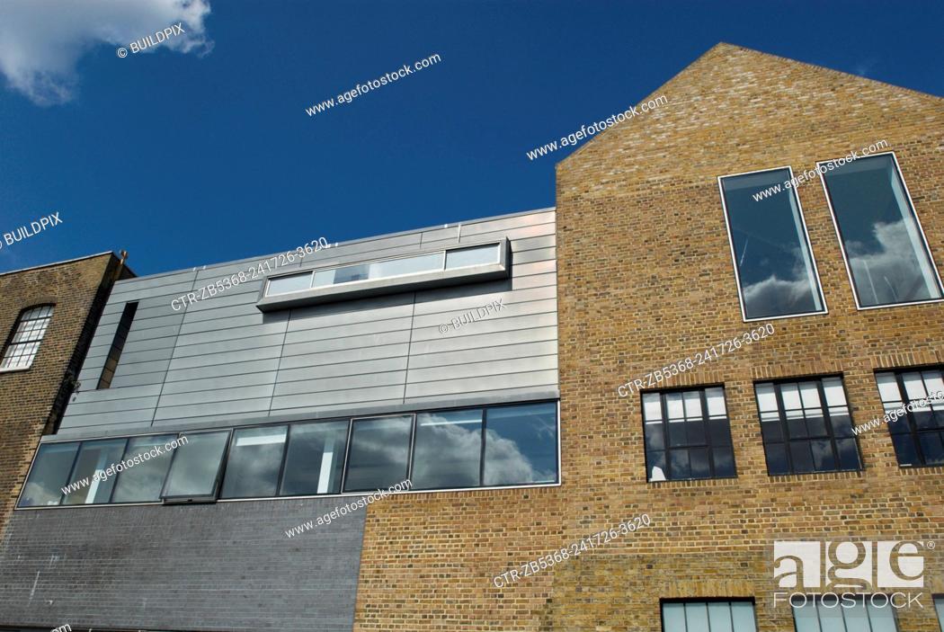 Imagen: Modern studio and apartment development, London, UK.