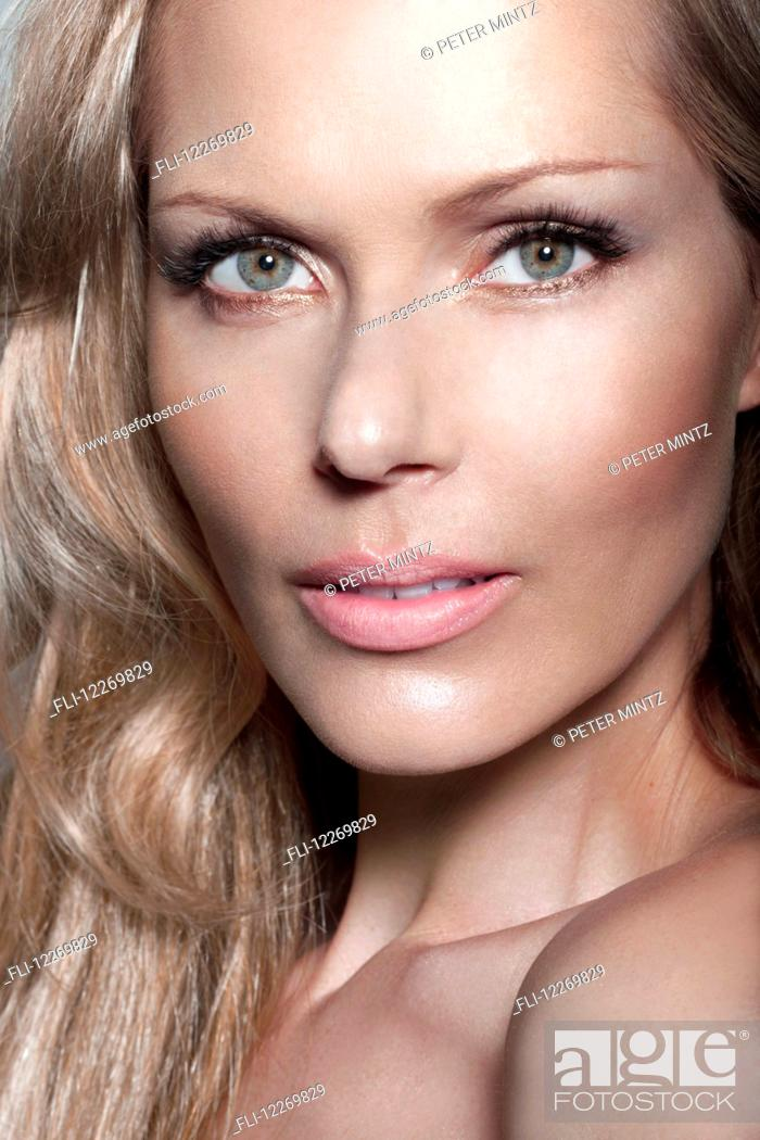 Stock Photo: Close-up beauty portrait of a woman.