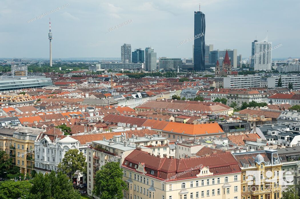Stock Photo: Vienna, Austria, Europe - Overview from the Wiener Prater big wheel of the Stuwerviertel district looking towards Donaucity with the DC Tower I.