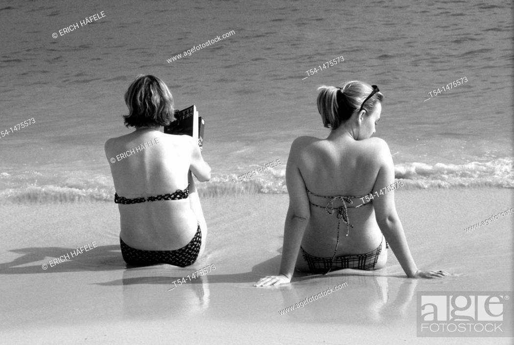 Stock Photo: Two tourist enjoying the day on Chaweng Beach in Ko Samui.