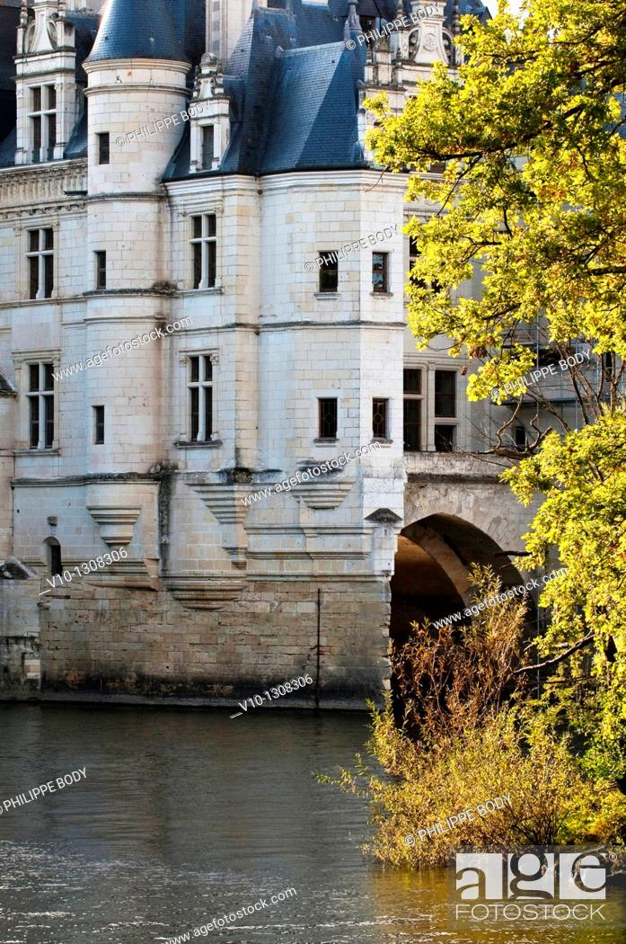Stock Photo: France, Indre et Loire, Loire Valley, castle of Chenonceau, built between 1513 - 1521 in Renaissance style, over the Cher river.