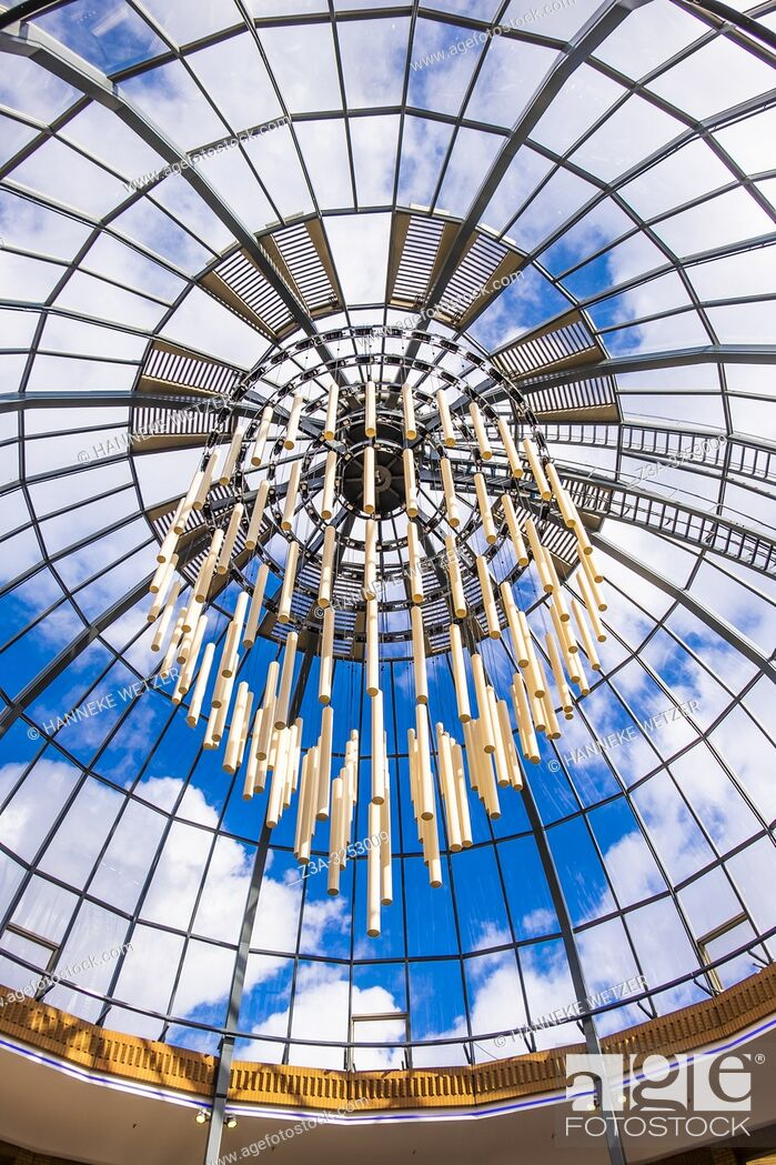 Imagen: Glass ceiling with monumental lighting in Eindhoven, The Netherlands, Europe.