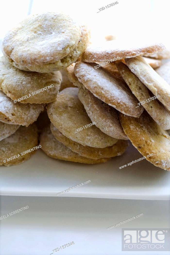 Imagen: Almonds cookies.