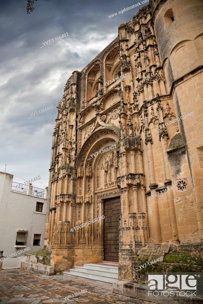 Stock Photo: The main facade of the Basilica Parish of Santa María de la Asunción, Arcos de la Frontera, Cádiz, Andalucía, Spain.