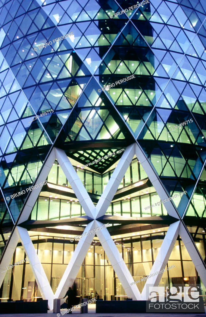 Stock Photo: Swiss Re headquarters by architect Norman Foster, London. England, UK.