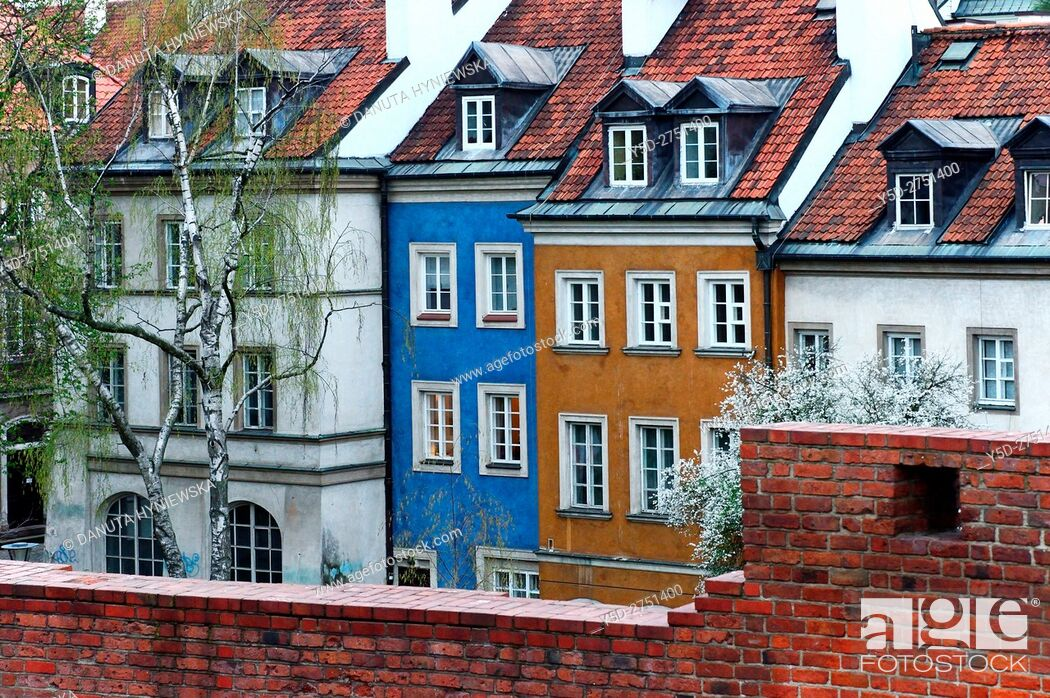 Stock Photo: Miedzymurze Jana Zachwatowicza - space between fortified walls called Jan Zachwatowicz name, view for facades of townhouses - Mostowa street, Old Town.