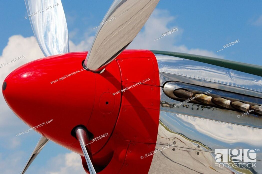Stock Photo: Mustang spinner and propeller. Windsor, Canada.