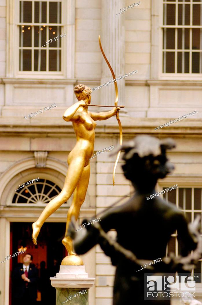 Stock Photo: Statue of archer. Metropolitan Museum of Art. New York City. New York. United States.