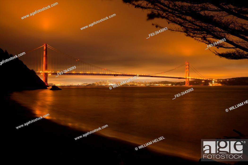 Stock Photo: Golden Gate Bridge, San Francisco, Bay Bridge, CA, USA, night.