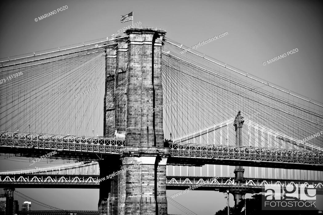Stock Photo: Brooklyn Bridge and Manhattan Bridge in background, New York City, USA.