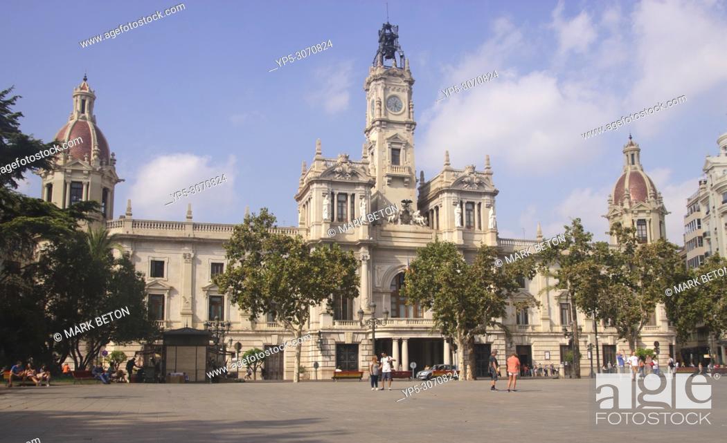 Stock Photo: Town Hall, Plaza del Ayuntamiento, Valencia, Spain.