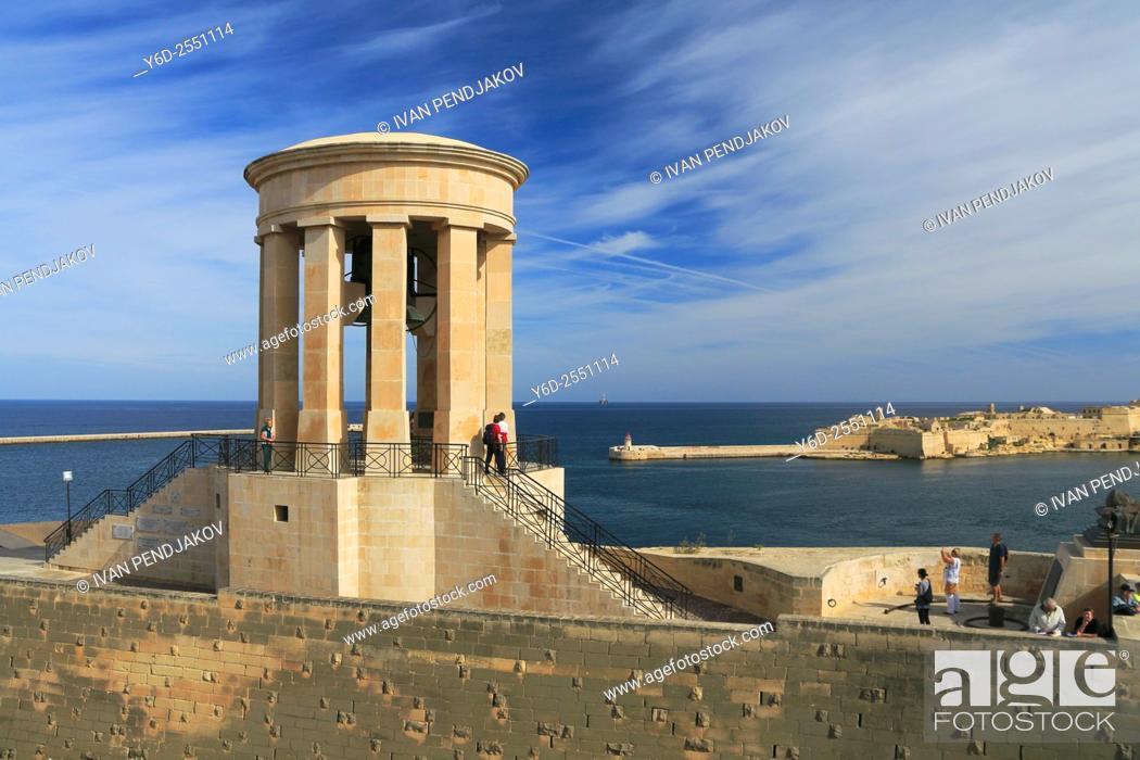 Imagen: Victory Bell, Valletta, Malta.
