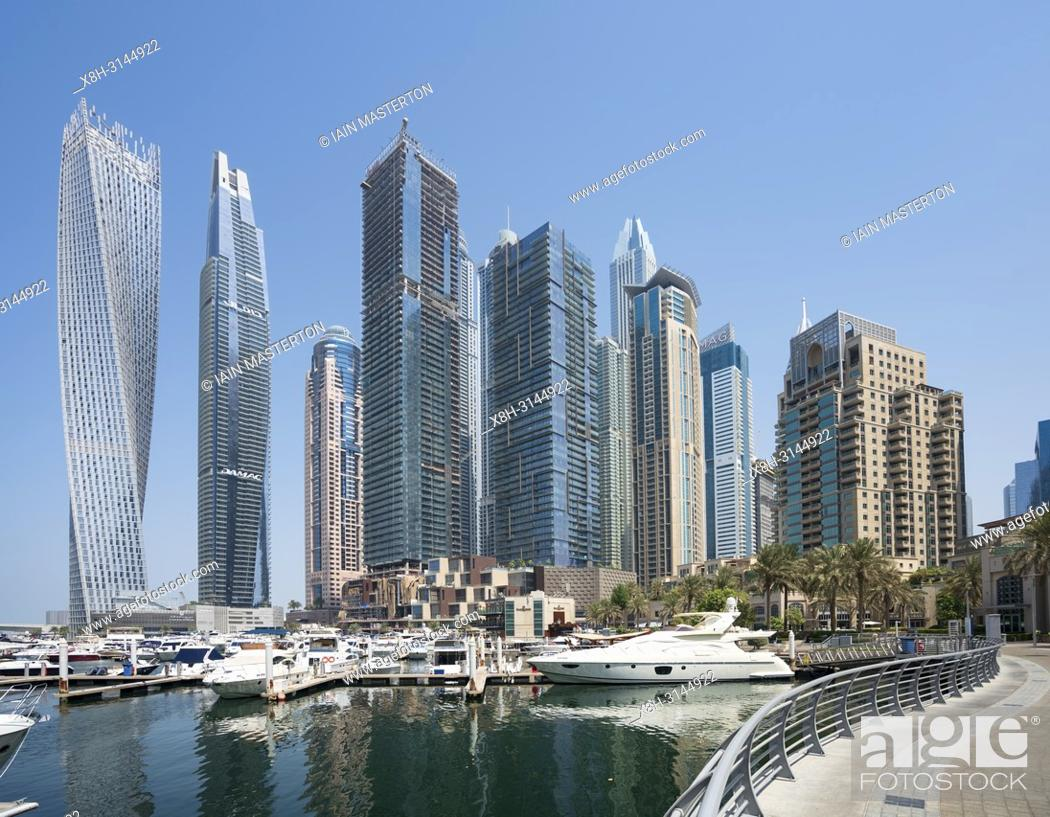 Photo de stock: Many high rise apartment towers and skyscrapers in Marina district of Dubai, UAE, United Arab Emirates.