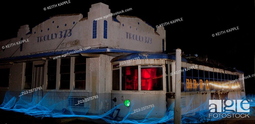 Stock Photo: Abandoned roadside restaurant, light painting, West Texas.