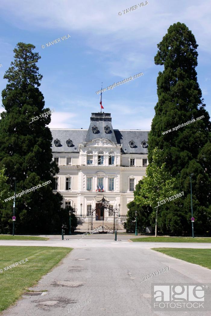 Stock Photo: Préfecture, Conseil Général, Annecy, Haute-Savoie, Rhône-Alpes, France.