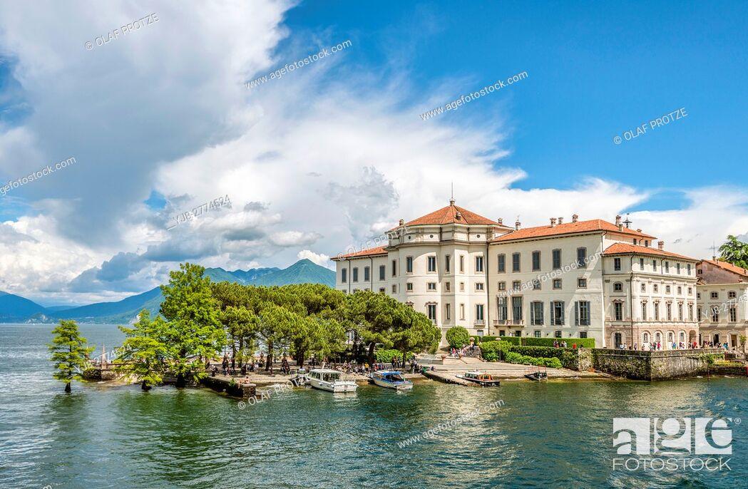 Stock Photo: Palazzo Borromeo at Isola Bella, Lago Maggiore, seen from the lakeside, Piemont, Italy.