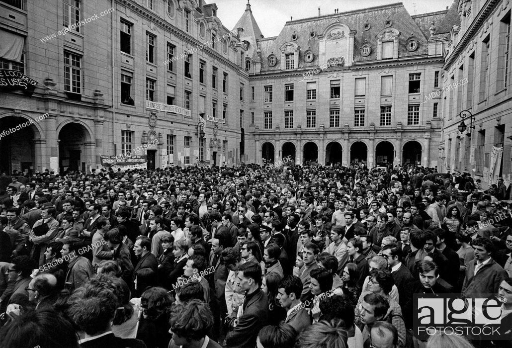 Stock Photo: Many French university students occupying the Sorbonne inner courtyard during a students demonstration. Paris, May 1968.