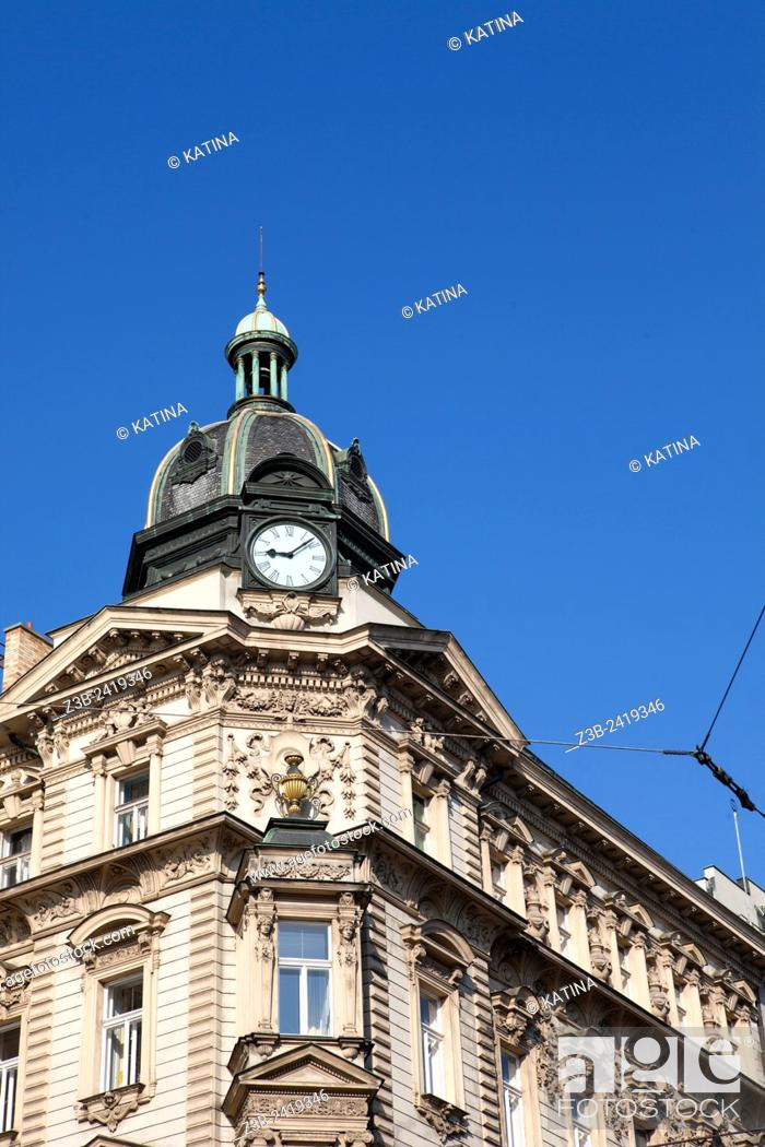 Imagen: Ornate architecture in Wenceslas Square, (Czech: Vaclavske Namesti) one of Prague's main and historic squares, in New Town, Prague, Czech Republic, Europe.