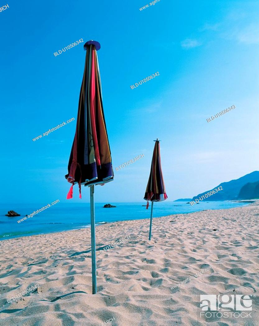 Stock Photo: leisure, sand, view, parasol, seascape, sandybeach.